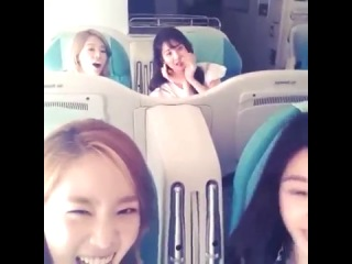[Video] 130628 SNSD Taeyeon, Tiffany, Sunny and Seohyun on the Plane to Beijing on